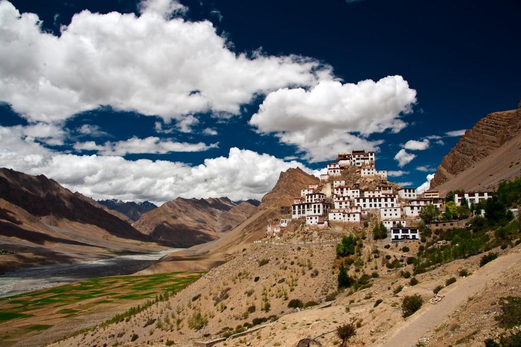 India-buddhist_112418954